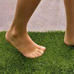 Gazon artificiel casa pura® Oxford | pelouse synthétique pour terrassse, balcon etc. | tailles au mètre | poids 1800g/m² - stabilisé UV selon DIN 53387 | 100x133cm de la marque casa pura image 3 produit